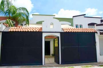 Foto de casa en venta en  , arboledas de paso blanco, jesús maría, aguascalientes, 2815588 No. 01