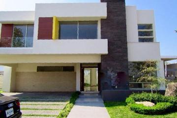 Foto de casa en venta en avenida acueducto , valle real, zapopan, jalisco, 0 No. 01