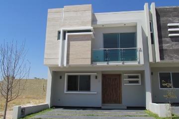 Foto de casa en venta en avenida bosque real , valle imperial, zapopan, jalisco, 0 No. 01