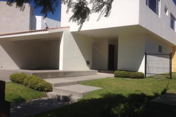 Foto de casa en venta en avenida claustros numero 100 3a. cda san joaquín, el campanario, querétaro, querétaro, 0 No. 01