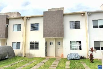 Foto de casa en renta en avenida de los arboles 32, supermanzana 326, benito juárez, quintana roo, 4642059 No. 01