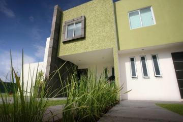 Foto de casa en venta en avenida gaspar de almanza , celaya centro, celaya, guanajuato, 448248 No. 01