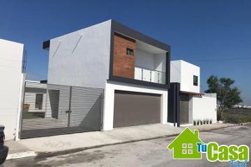 Foto de casa en venta en avenida la cima 1015, valle alto, reynosa, tamaulipas, 4608169 No. 01