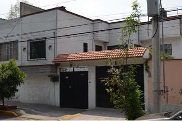 Foto de casa en venta en avenida río churubusco , el rodeo, iztacalco, distrito federal, 2197960 No. 01