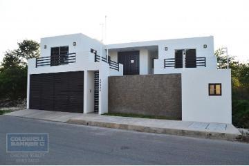 Foto de casa en venta en avenida temozon 39006, chablekal, mérida, yucatán, 2809895 No. 01