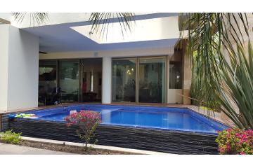 Foto de casa en venta en  , puerta del bosque, zapopan, jalisco, 1051471 No. 01