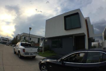 Foto de casa en venta en  , puerta del bosque, zapopan, jalisco, 2729597 No. 01