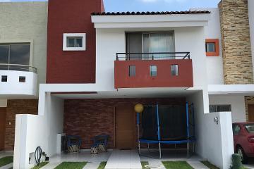 Foto de casa en venta en Belisario Domínguez, Guadalajara, Jalisco, 2576351,  no 01