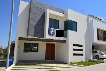 Foto de casa en venta en Jardines Del Valle, Zapopan, Jalisco, 3004105,  no 01