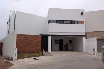 Foto de casa en venta en  , bosques del valle, chihuahua, chihuahua, 2984300 No. 01