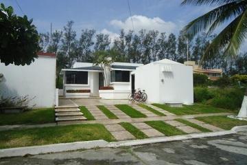 Foto de casa en renta en boulevard del conchal , rincon del conchal, alvarado, veracruz de ignacio de la llave, 0 No. 01