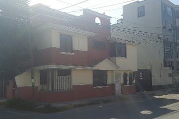 Foto de casa en venta en Santa Ana Tlapaltitlán, Toluca, México, 2814901,  no 01
