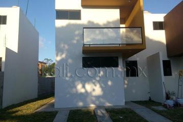Foto de casa en renta en calle 6 29, loma linda, tuxpan, veracruz de ignacio de la llave, 0 No. 01