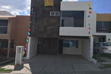 Foto de casa en venta en calle u. 24 sur, lomas del valle, puebla, puebla, 2783454 No. 01