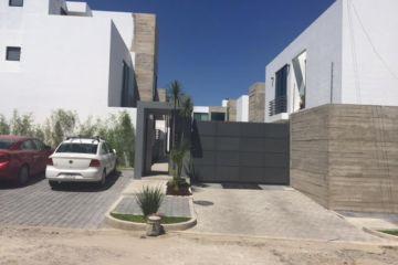 Foto principal de casa en renta en calzada de los alamos, ciudad granja 2461203.