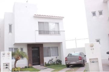 Foto de casa en venta en calzada villa plata 613-64 , alcázar, jesús maría, aguascalientes, 2893758 No. 01