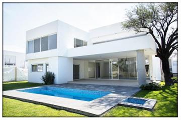 Foto de casa en venta en camelinas 10, jurica, querétaro, querétaro, 2656174 No. 01