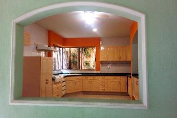 Foto de casa en renta en cantera , supermanzana 15, benito juárez, quintana roo, 0 No. 01