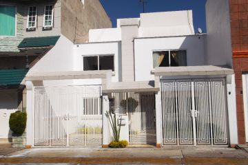 Foto principal de casa en renta en caracas sur, torres lindavista 2584980.
