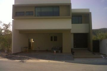 Foto de casa en venta en  , carolco, monterrey, nuevo león, 1985108 No. 01