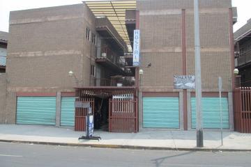 Foto de edificio en venta en  , central de abasto, iztapalapa, distrito federal, 1852610 No. 01