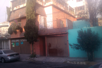 Foto de casa en venta en  , cerro de la estrella, iztapalapa, distrito federal, 1661114 No. 01