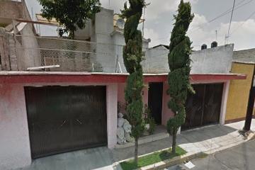 Foto de casa en venta en  , cerro de la estrella, iztapalapa, distrito federal, 2500542 No. 01