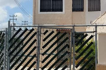 Foto de casa en renta en  , chamuyil, benito juárez, quintana roo, 0 No. 01