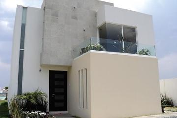 Foto de casa en venta en  500, san miguel totocuitlapilco, metepec, méxico, 2942634 No. 01
