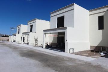 Foto de casa en venta en circuito orqudes, cerrada del roble lote 98, los arrayanes, gómez palacio, durango, 0 No. 01