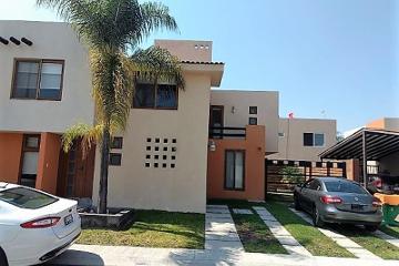 Foto de casa en venta en circuito puerta del sol 12, puerta real, corregidora, querétaro, 0 No. 01