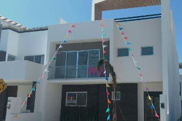 Foto principal de casa en venta en cumbres del lago 2966459.
