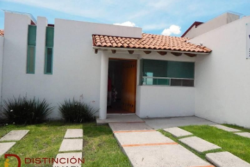 Foto de casa en venta en  , cumbres del mirador, querétaro, querétaro, 2803806 No. 01