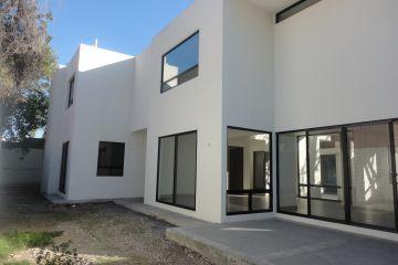 Foto de casa en venta en Fuentes del Valle, San Pedro Garza García, Nuevo León, 2941170,  no 01