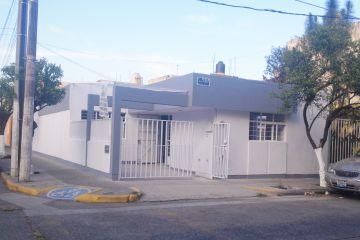 Foto de casa en venta en Mezquitan Country, Guadalajara, Jalisco, 1719620,  no 01