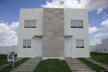 Foto de casa en venta en Fraccionamiento Portón Cañada, León, Guanajuato, 2424737,  no 01