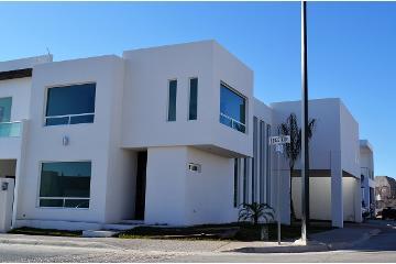 Foto de casa en venta en  , el bosque residencial, durango, durango, 2829827 No. 01