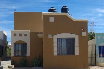 Foto de casa en renta en  , el camino real, la paz, baja california sur, 1772150 No. 01