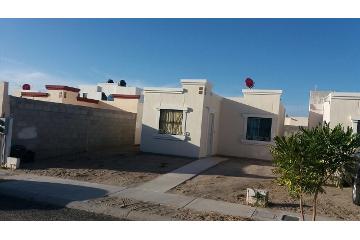 Foto principal de casa en renta en el camino real 2845230.