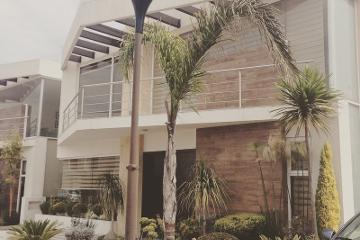 Foto de casa en venta en  , el castaño, metepec, méxico, 2741355 No. 01