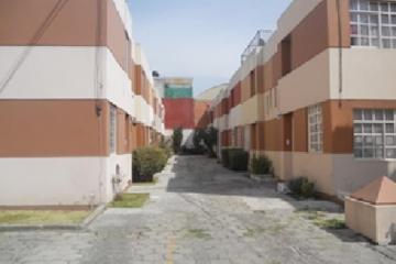 Foto principal de casa en renta en el vergel 2989543.
