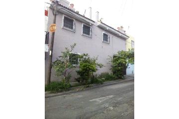 Foto de casa en venta en eleuterio quiroz 1661, villas del estadio, guadalajara, jalisco, 2410447 No. 01