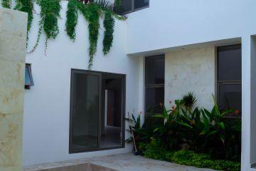 Foto de casa en venta en Montebello, Mérida, Yucatán, 4686592,  no 01