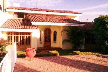 Foto de casa en venta en Bugambilias, Zapopan, Jalisco, 2923735,  no 01