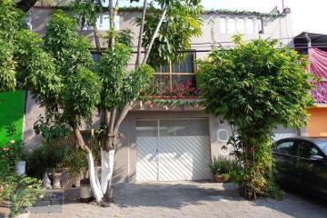 Foto de casa en venta en  , apatlaco, iztapalapa, distrito federal, 2966092 No. 01