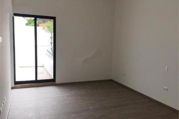 Foto de casa en venta en  , fuentes del valle, san pedro garza garcía, nuevo león, 2283007 No. 01