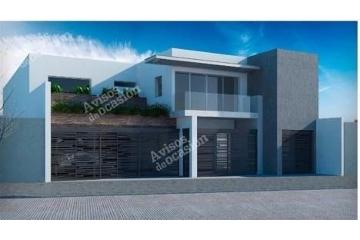 Foto de casa en venta en  , fuentes del valle, san pedro garza garcía, nuevo león, 2605593 No. 01