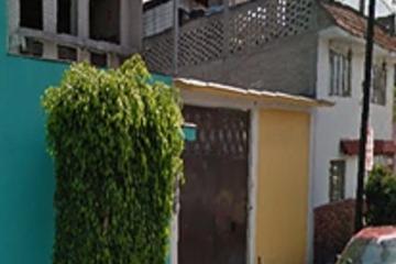 Foto de casa en venta en  , guadalupe del moral, iztapalapa, distrito federal, 2728746 No. 01