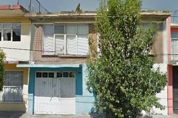 Foto de casa en venta en  , guadalupe del moral, iztapalapa, distrito federal, 2739610 No. 01
