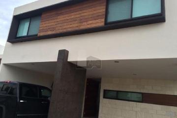 Foto de casa en venta en guadalupe gonzález , residencial campestre club de golf sur, aguascalientes, aguascalientes, 0 No. 01